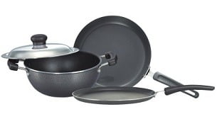 Prestige Omega Select Plus BYK Non Stick 3 Pcs Set worth Rs.3100 for Rs.1569 @ Amazon