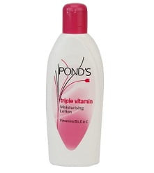 Pond's Triple Vitamin Moisturising Body Lotion, 300ml worth Rs.250 for Rs.175 – Amazon