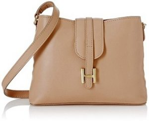 Hidesign Women's Handbag (Leather) worth Rs.4425 for Rs.1,320 – Amazon