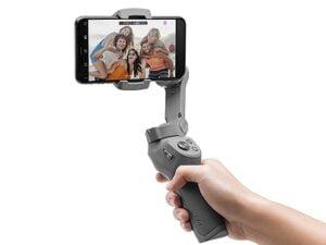 DJI Osmo Mobile 3 Handheld Smartphone Gimbal Combo for Rs.9639 @ Amazon