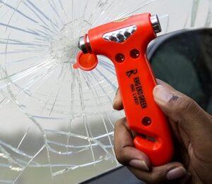 Emergency Hammer Glass Breaker Seat Belt Cutter for Rs.313 @ Amazon