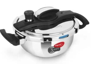 Pigeon Swift Kadai 3 L Induction Bottom Pressure Cooker for Rs.1804 @ Flipkart